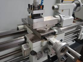360mm Swing Centre Lathe, 50mm Spindle Bore - picture9' - Click to enlarge