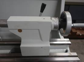360mm Swing Centre Lathe, 50mm Spindle Bore - picture10' - Click to enlarge