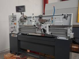 Metal Centre Lathe, 50mm Spindle Bore - picture6' - Click to enlarge