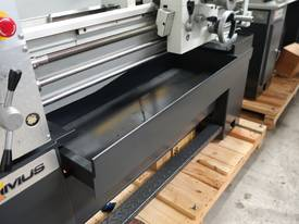 Metal Centre Lathe, 50mm Spindle Bore - picture15' - Click to enlarge