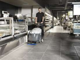 Nilfisk SC400 Walk Behind Scrubber/ Dryer - picture4' - Click to enlarge