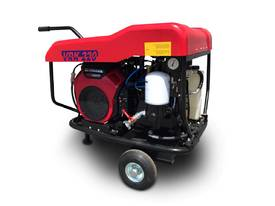 Portable Screw Compressor 22HP 76CFM Kubota - picture0' - Click to enlarge