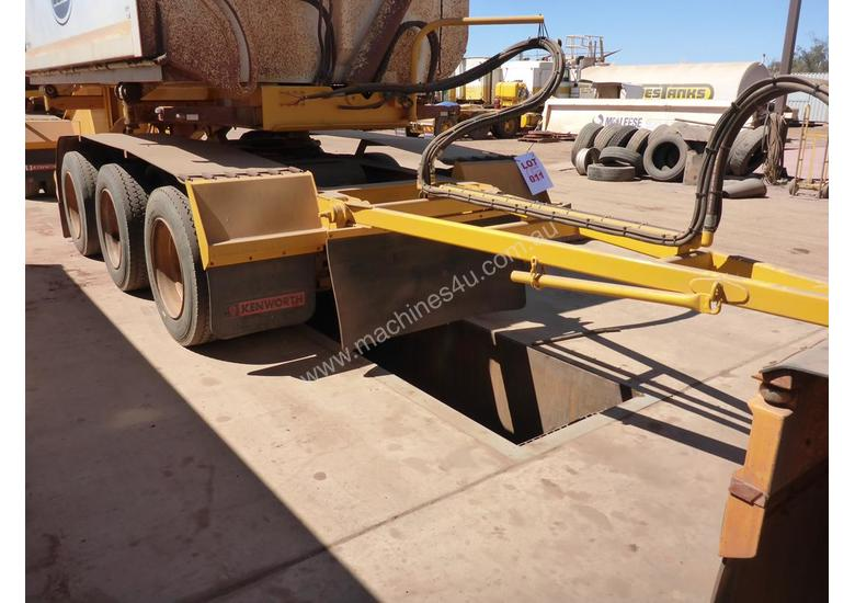 2007 Custom Built Tri Axle Convertor Dolly AUCTION