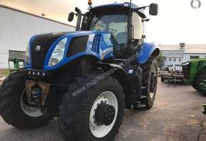 2013 New Holland T8.300 model: T8.300