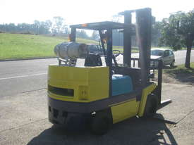KOMATSU FG45ST-4 - 4.5t STUBBY - picture1' - Click to enlarge