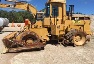 Caterpillar CAT 815B COMPACTOR