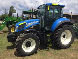 New Holland T5.105 FWA/4WD Tractor - picture3' - Click to enlarge