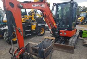 KUBOTA U35-4 2016 MODEL WITH L;OW 866 HOURS, FULL A/C CABIN, GREAT CONDITION