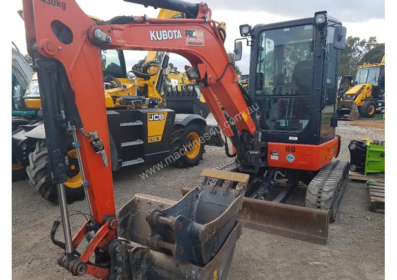 KUBOTA U35-4 2016 MODEL WITH L OW 866 HOURS FULL A C CABIN GREAT CONDITION
