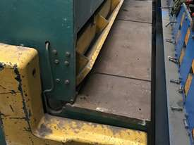 USED - Welded Products - Hydraulic Guillotine - 2.4m x 3mm - picture0' - Click to enlarge