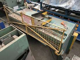 USED - Welded Products - Hydraulic Guillotine - 2.4m x 3mm - picture1' - Click to enlarge