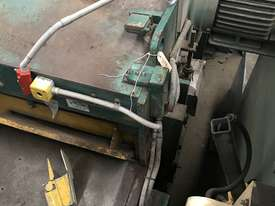 USED - Welded Products - Hydraulic Guillotine - 2.4m x 3mm - picture3' - Click to enlarge
