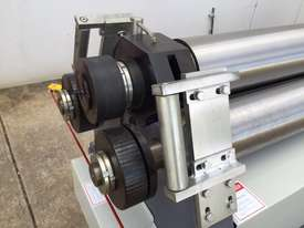 Heavy Duty 2500mm x 12mm Plate Roller  - picture5' - Click to enlarge