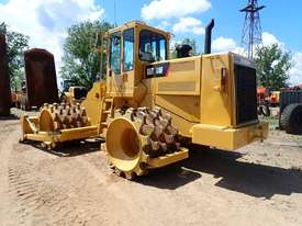 Caterpillar 815F Compactor - picture1' - Click to enlarge