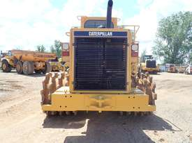 Caterpillar 815F Compactor - picture2' - Click to enlarge