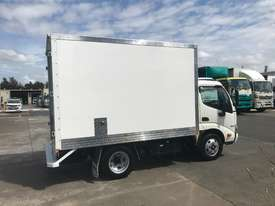 Hino 616 - 300 Series Pantech Truck - picture7' - Click to enlarge