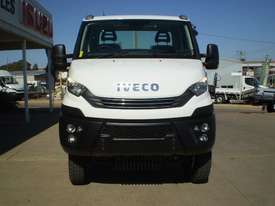 Iveco Daily 55 S17 Cab chassis Truck - picture0' - Click to enlarge