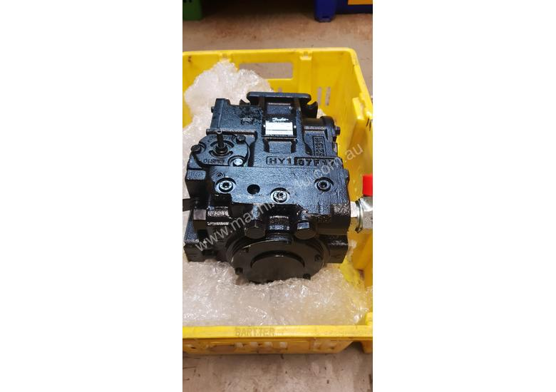 Hydraulic Pump - 75cc Sunstrand 90 Series
