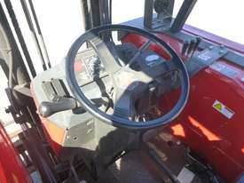 Circa 2005 Massey Ferguson 353 4x4 Brick Tractor - picture11' - Click to enlarge
