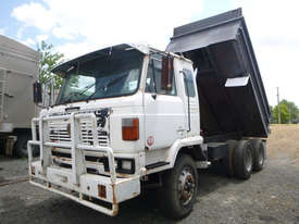Nissan UD Tipper Truck - picture0' - Click to enlarge