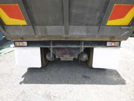 Nissan UD Tipper Truck - picture7' - Click to enlarge