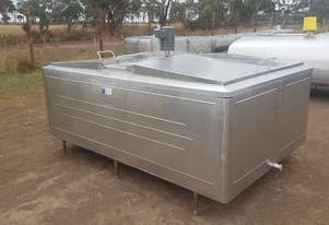 STAINLESS STEEL TANK, MILK VAT 2520 LT
