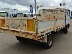 2006 NISSAN UD MK240 Tipper   - picture5' - Click to enlarge