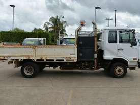 2006 NISSAN UD MK240 Tipper   - picture6' - Click to enlarge