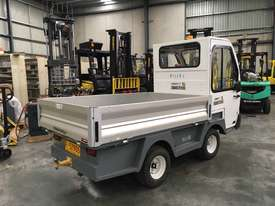 1.4T LPG Tow Tug - picture1' - Click to enlarge
