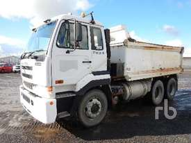 NISSAN UD CW445 Tipper Truck (T/A) - picture2' - Click to enlarge