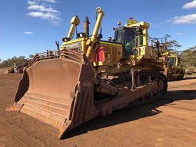 2011 Komatsu D375A-6 Dozer - picture3' - Click to enlarge