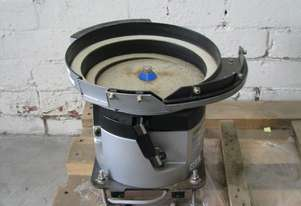 Vibrating Vibratory Bowl Parts Feeder with Controller - NTN K16