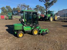 John Deere 1565 4wd Front Mower - picture0' - Click to enlarge