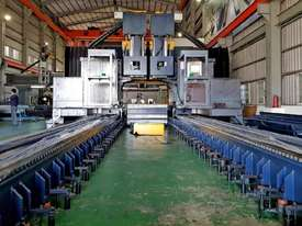 Acra Seiki Double Column Bridge Machining Centres - picture14' - Click to enlarge