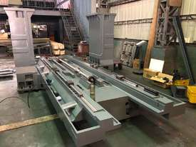 Acra Seiki Double Column Bridge Machining Centres - picture16' - Click to enlarge
