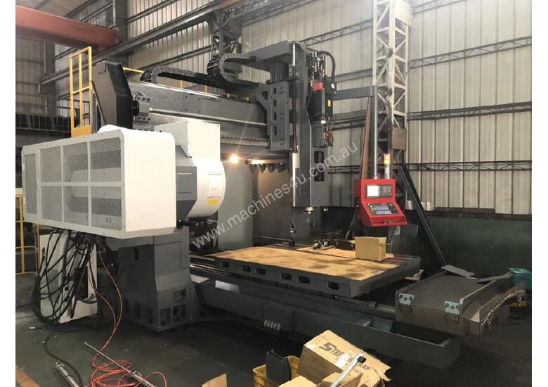 Acra Seiki Double Column Bridge Machining Centres