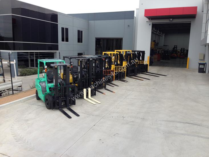 Container entry forklifts from 1.5-7ton capacity