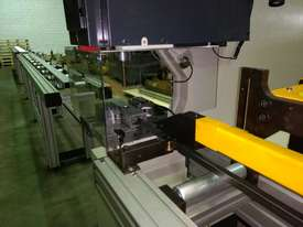 KINGSLAND TUBE PUNCHING MACHINE - picture2' - Click to enlarge
