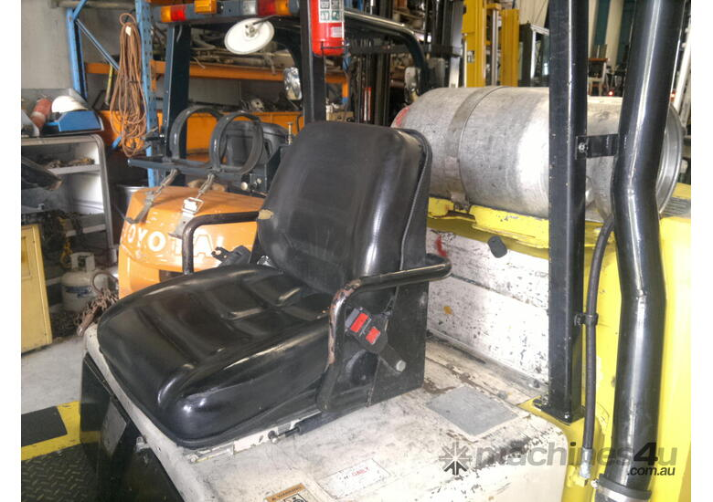 7 T Yale GC155CA Yale & Fork Clamp