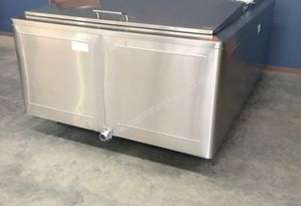 2,550lt Insulated Stainless Steel Tank
