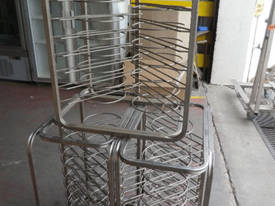 Second hand pizza tray stand, plate stand, dish st - picture0' - Click to enlarge