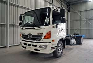 Hino FE 1426-500 Series Cab chassis Truck