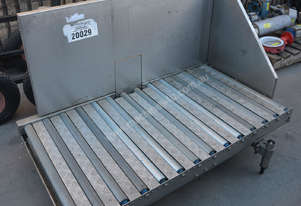 Stainless powered roller conveyor 750 x 1450mm
