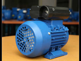 0.55kw/0.75HP 2800rpm Electric motor single-phase - picture0' - Click to enlarge