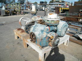 Pumps and Vacs - Multi stage Sihi 75 kw pump - picture7' - Click to enlarge