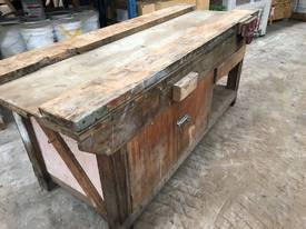 Timber Wood Work Workbench With Dawn Vice #P