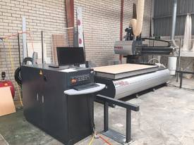 CNC (Never used as new) + Dust extractor + Spazio