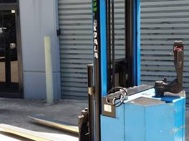 Used Electric Sumi Walkie Stacker Reach 1500kg Fol
