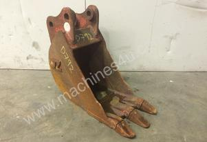 250MM TOOTHED TRENCHING BUCKET SUIT 1-2T MINI EXCA