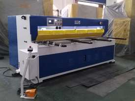 CMT HYDRAULIC GUILLOTINE | 6MM CAP | 3100MM LENGTH | PROGRAMMABLE BACK GAUGE - picture0' - Click to enlarge